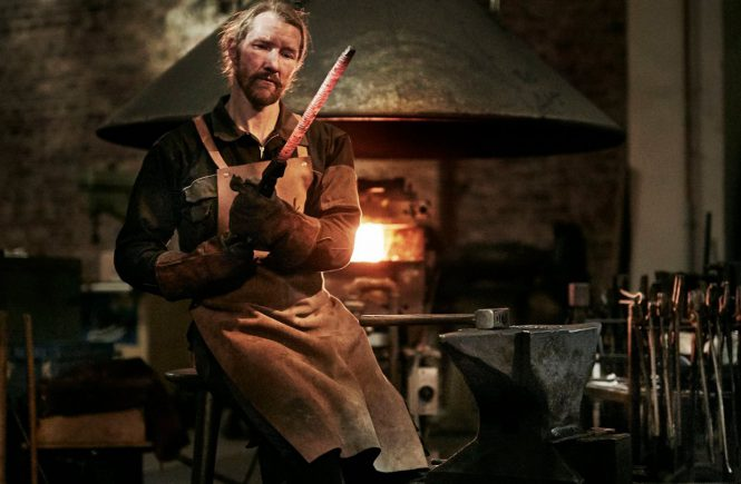 In der Nesmuk Schmiede in Solingen - hier entsteht das perfekte Kochmesser von Meisterhand.